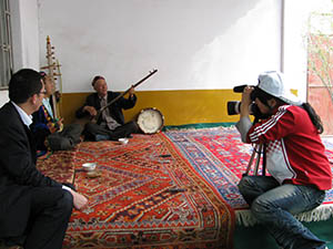 Archiving-Uyghur-Religous-Songs-small